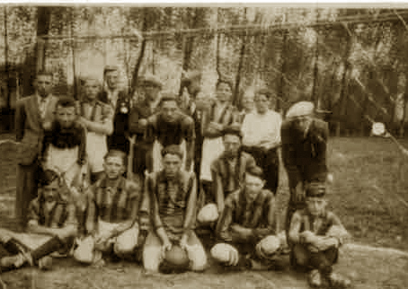 Voetbalclub Redstar union omstreeks 1940